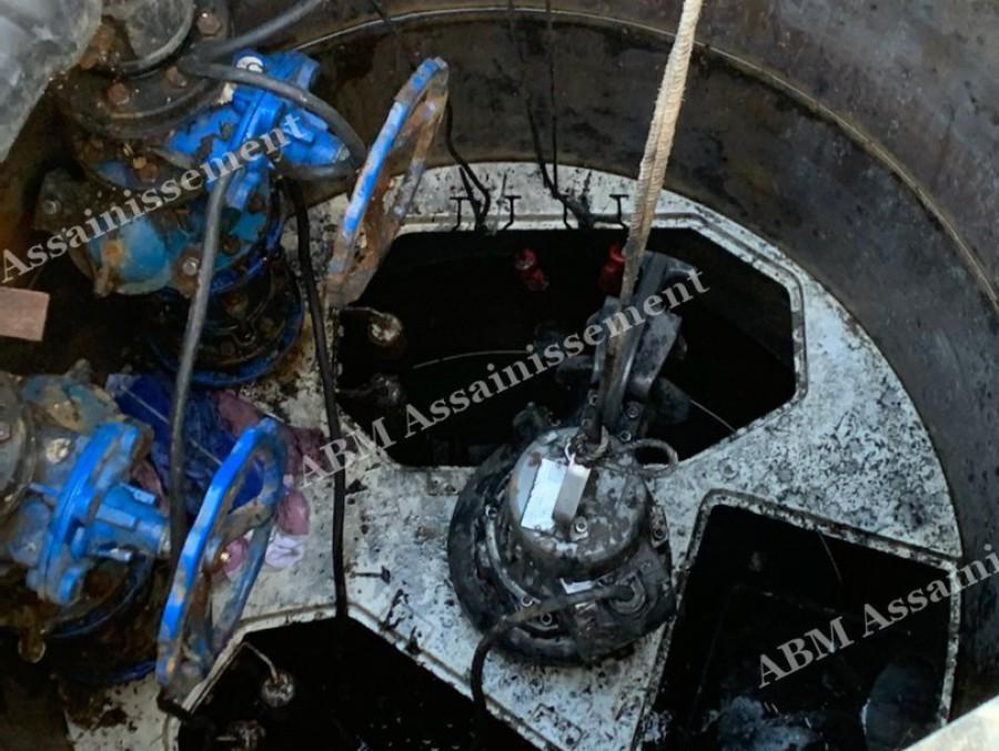 Installation d'une pompe de relevage ksb contacter ABM ASSAINISSEMENT 04 72 93 91 83