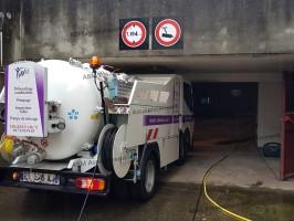 ABM ASSAINISSEMENT camion surbaissé hydrocureur et pompage